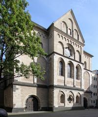 St. Andreas, Westfassade